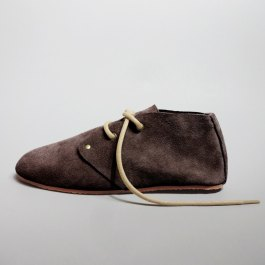 Chukka: Brown
